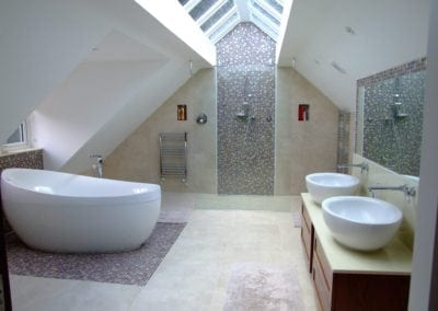 Pembury House bath